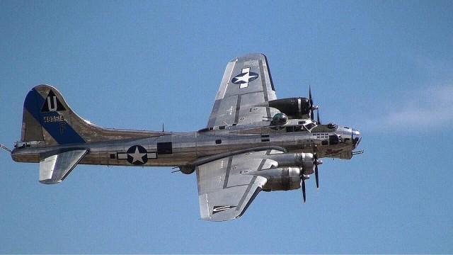 10582982 10152315441092828 224319748071572713 o 640x360 Boeing B 17 Flying Fortress