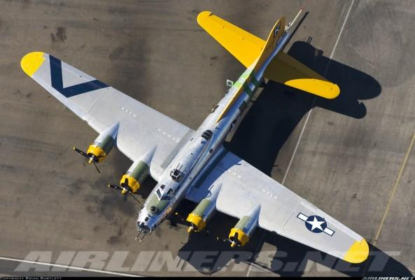 1490663 593x400 Boeing B 17 Flying Fortress