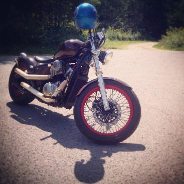 #77c #bobber #honda #custom #77 #7sevencustoms  #throwbackthursday @bobbers_n_choppers @bobbermotorcycles @bobberporn #fuckingbluelid #shadow